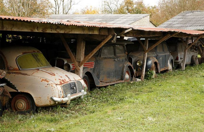 Vintage Cars Found after 50 Years of Neglect on French Farm ...