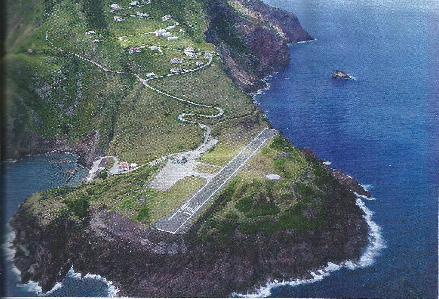 Картинки по запросу Yrausquin airport