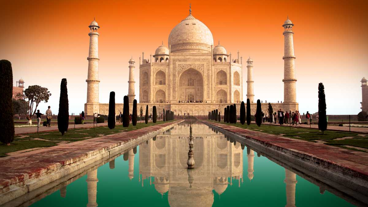 6 Replicas That Looks Like Taj Mahal Monument Around The