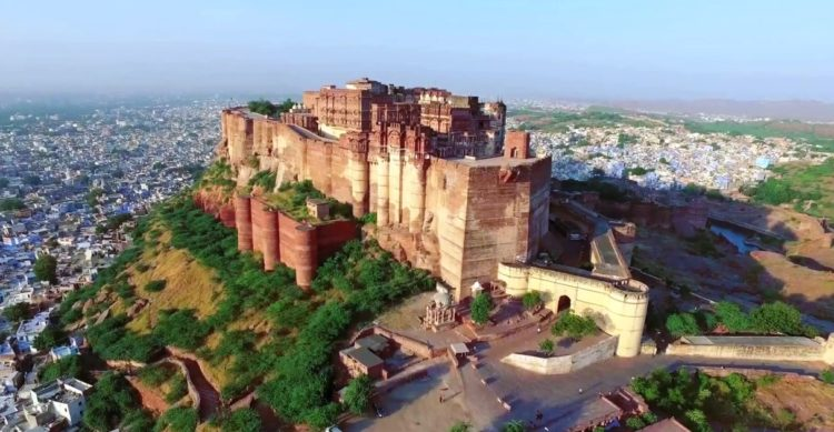 Still run by the Jodhpur royal family, Mehrangarh is packed with rich history and legends.