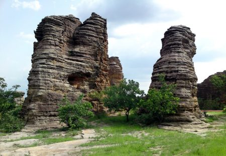. They are there for the climbing, and there are some easy ascents up the cracked sides of the domes, which sit side by side like a series of enormous urey iuloos.