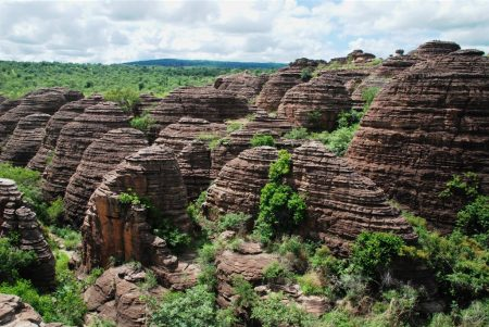 The Natural Domes of Fabedougou very closely resemble to the famous sandstone towers of Bungle Bungle Range in Australia, hardly half a million years old.