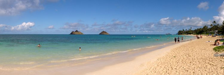 The Lanikai Beach is famous spot for photo lovers; they regularly shoot videos on nice days. The special thing about this beach, having the two Islands in the background.