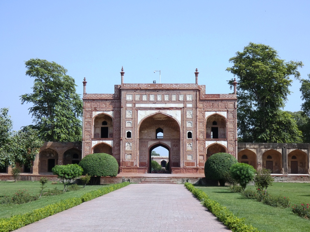 In 1637, a mausoleum built by Mughal Emperor Jahangir is located in Shahdara adjacent to Lahore, Pakistan.
