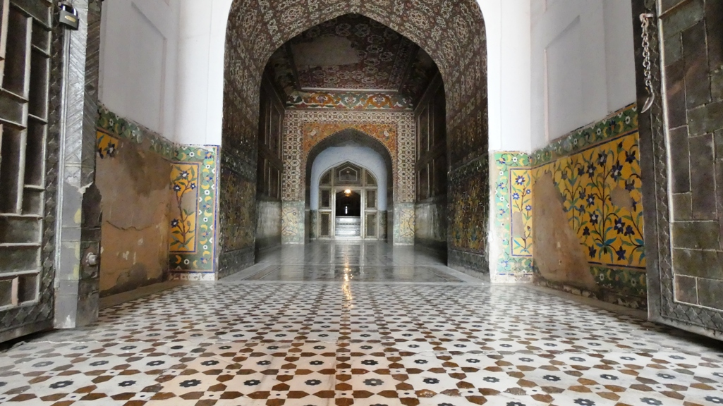 The much of mausoleum's exterior is richly decorated with pietra dura. This was rural area famous for its many pleasure gardens.