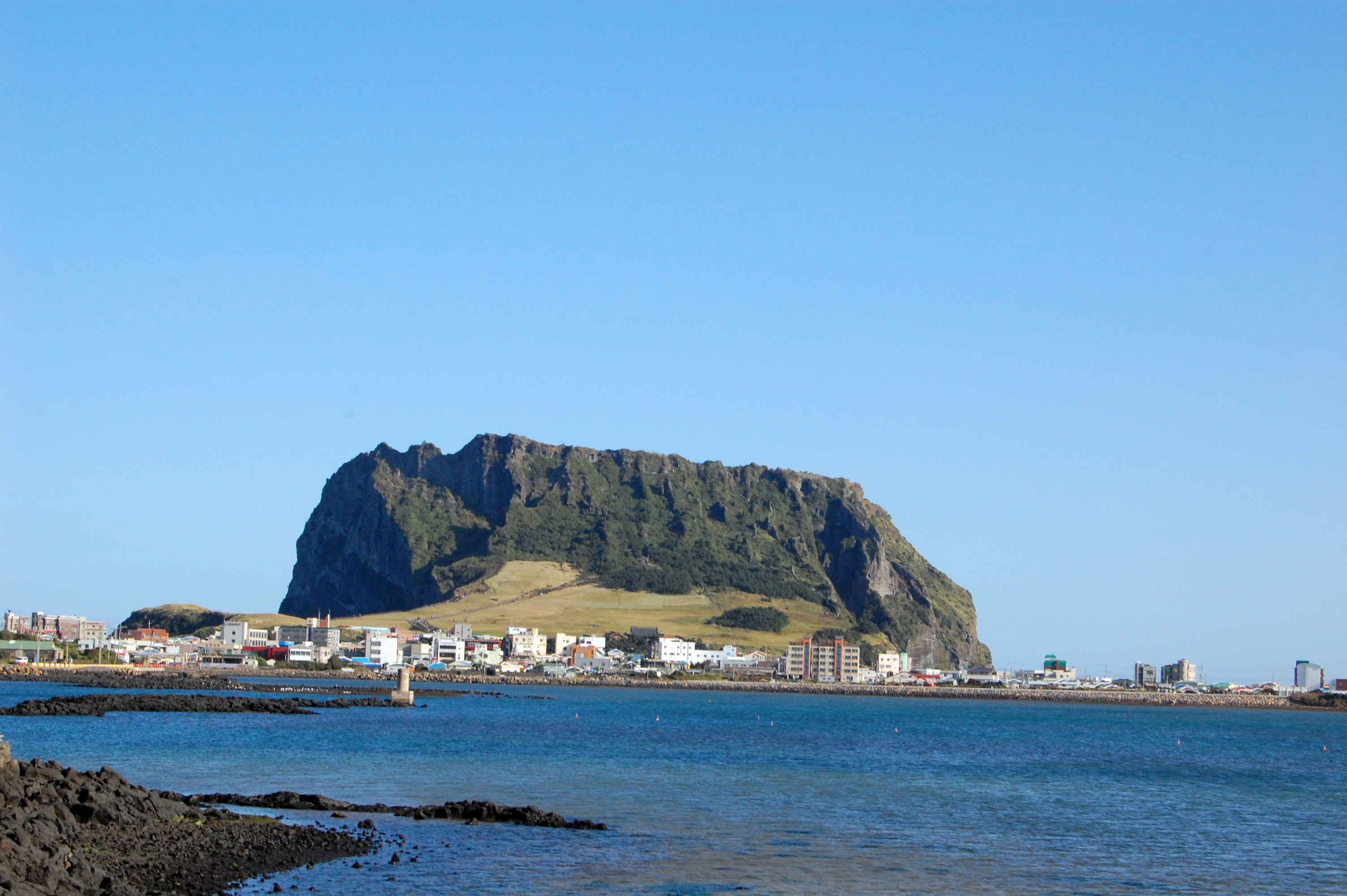 Jeju island has only 600,000 residents – which is roughly 3% of Seoul's population on land that's 3X the size of Seoul's metropolitan area.