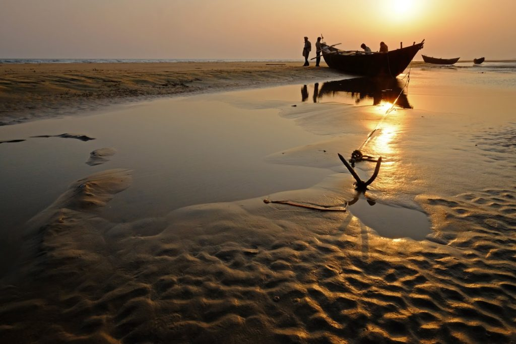 A trip to Hide and Seek Beach will leave you mesmerized on how beautiful and interesting place in India. via- amazingindiablog.in