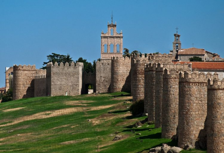 The Old Town of Avila was declared a UNESCO World Heritage Site in 1985. The walls construction work was started in 1090 but most of the defensive walls appear to have been rebuilt in the 12th century.