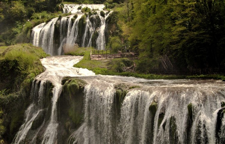 About eight kilometers of Terni, The Italian City has a magnificent three-tiered waterfall which is called Cascata delle Marmore.