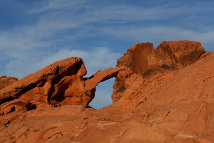 The park name derives from red sandstone formations, the Aztec Sandstone.
