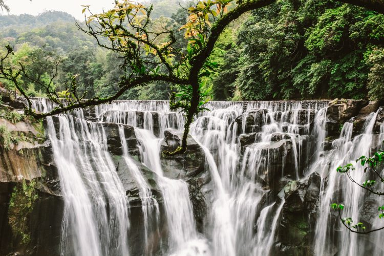 This is perhaps insanely beautiful and famous waterfall in Taiwan not tall nor as wide but incredibly powerful.