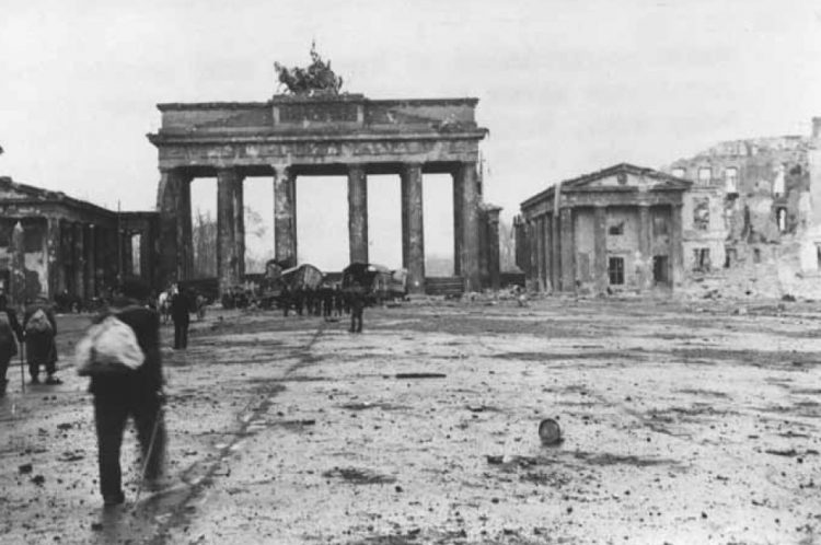 The Brandenburg Gate after the Allied bombing of Berlin.